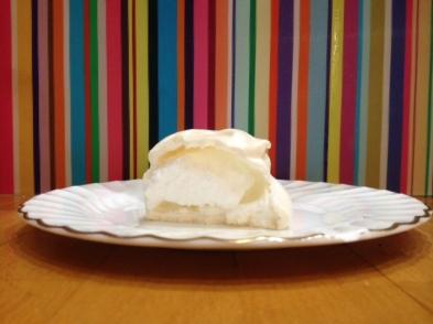 sliced-meringue